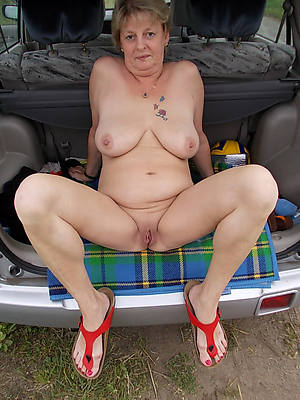 gorgeous mature granny boobs nude galleries