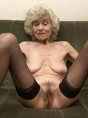 beautiful mature naked old women