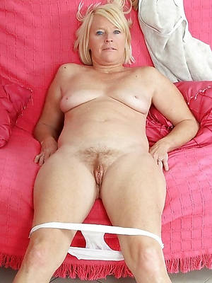 lovely nude mature pantie pics