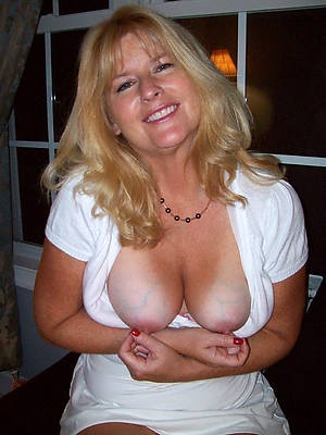 porn pics be useful to mature women with long nipples