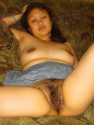 filipina mature women posing nude