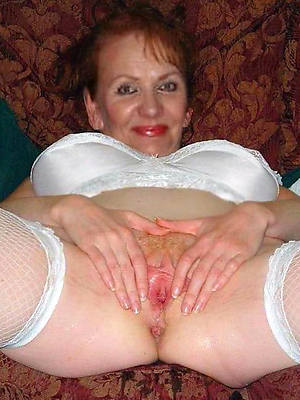 hotties horny amateur mature pictures