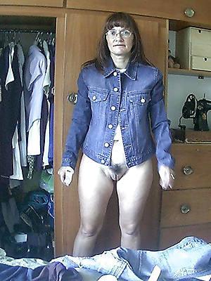 fantastic mature women in jeans free pics