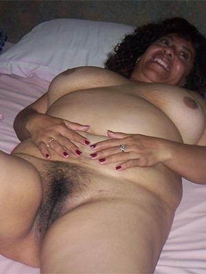 mature latina ass