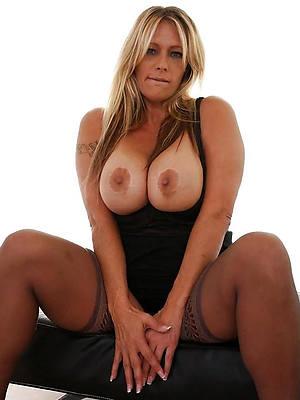 gorgeous hot mature model pics