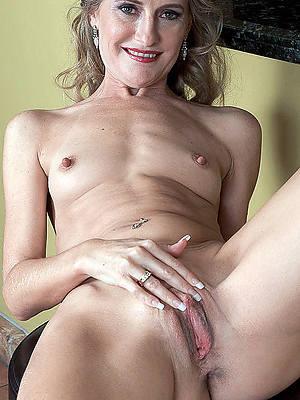 hotties skinny mature amateur denude pictures