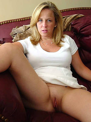 mature pussy forgo 40 stripped