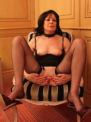 beautiful mature stocking pictures