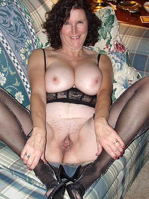mature milf in stockings dirty sex pics