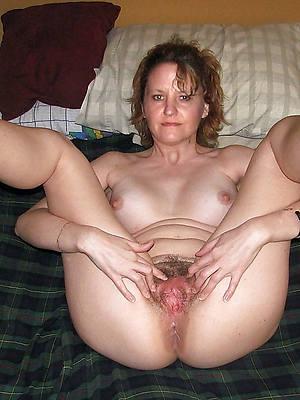 free unshaved mature women posing nude