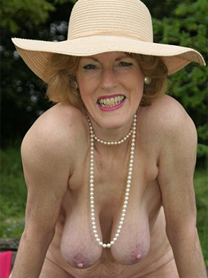 xxx of age old woman porn pics