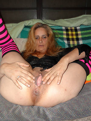 sexy hot mature pussy moms