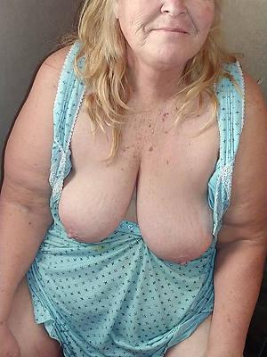 mature grannys posing nude