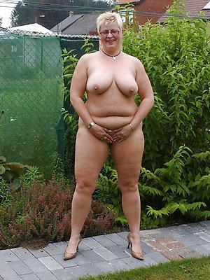 incomparable free mature women pics