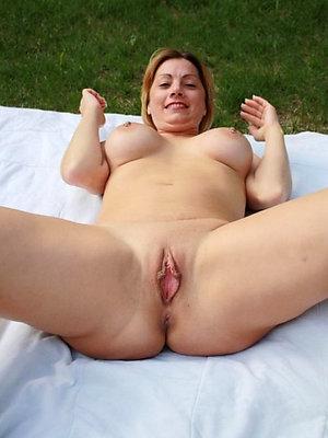 naughty hot mature women pics