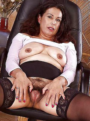 bonny mature latina women