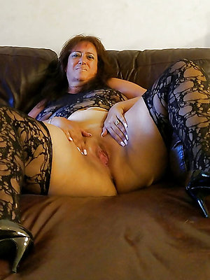 gorgeous mature latina mom