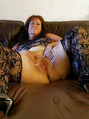 gorgeous mature latina mom