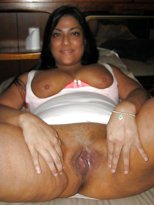 curious mature latina tits