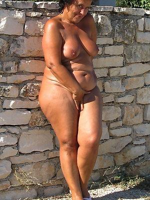 senseless mature nude legs xxx