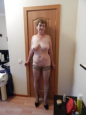 hot old lady gender pictures
