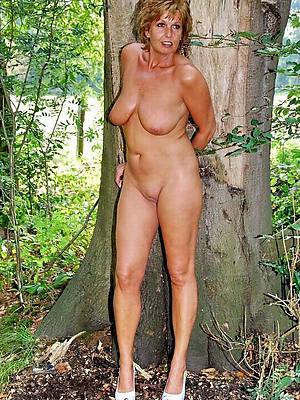 mature woman solo perfect body