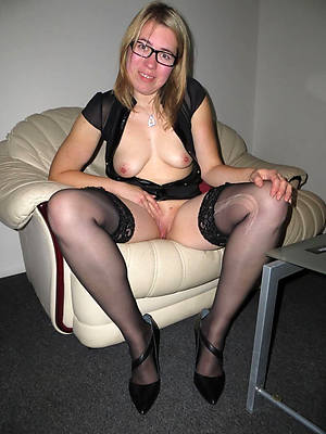 mature women in stockings naked porn pics