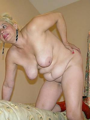 busty amatuer grown up saggy drapery tits