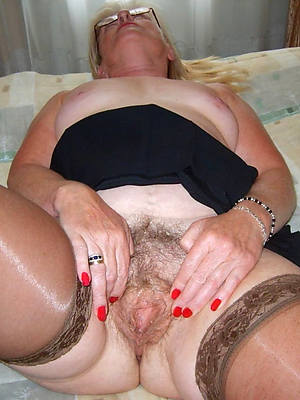 mature hairy cunts slut pictures