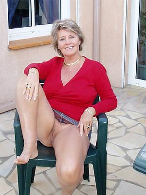naught matured panties upskirt