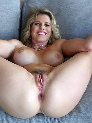 beautiful mature creampie pic