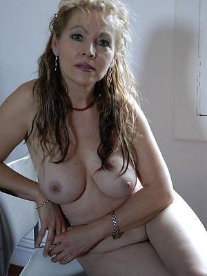 chap-fallen mature cougar dirty sex pics