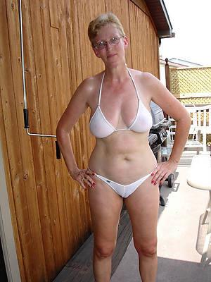 pornstar amateur mature bikini girls