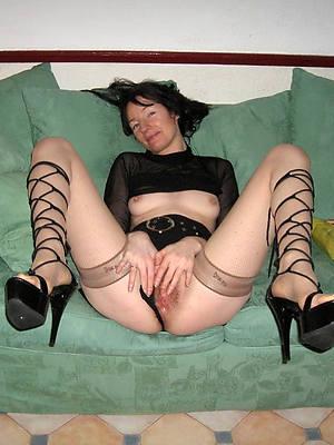 porn pics of amateur women in high heels
