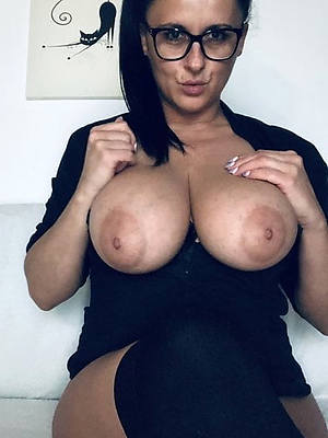 enticing mature tits perfect body