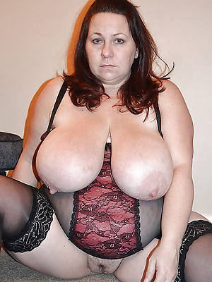 mature big tits hairy naked porn pics