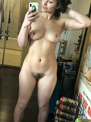 hotties mature mobile porn downloads