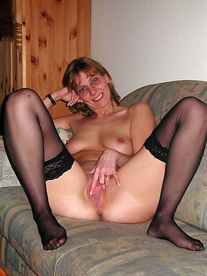 naught mature women with hairy vaginas