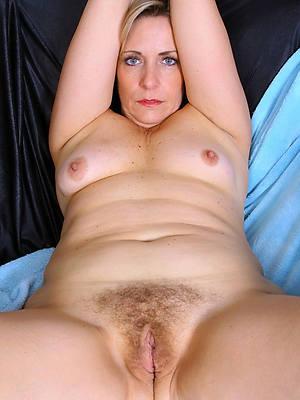 naked womens vaginas lips