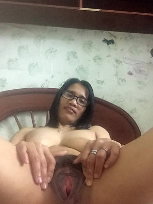 porn pics of second-rate mature filipina women