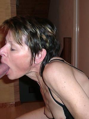 real mature mom blowjob nude pics
