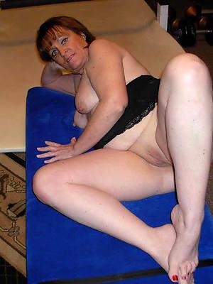 mature sexy feet titties nude