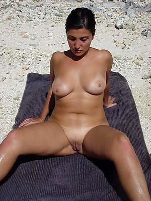 pornstar amateur mature beach babes pictures