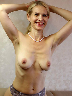 mature moms xxx battle-axe pictures