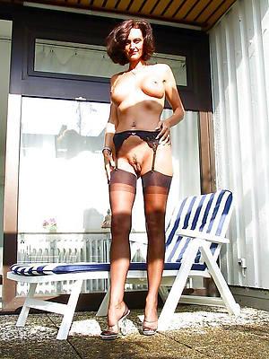 single mature women titties undress