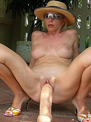 amateur mature masturbation porn motion picture download