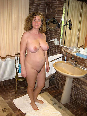 petite beautiful mature amateur housewives