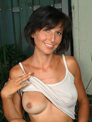 titillating mature pussy intemperance 40 naked porn pics