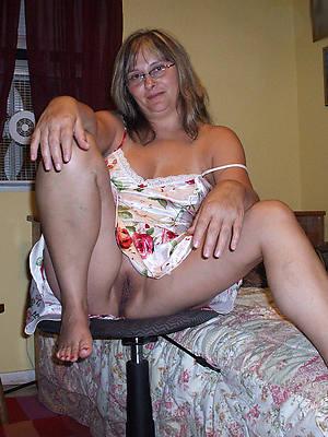 upskirt mature women hot porn