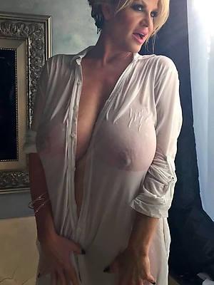 pornstar amateur beautiful mature column nude photo